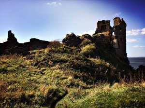 dunure-castleruins